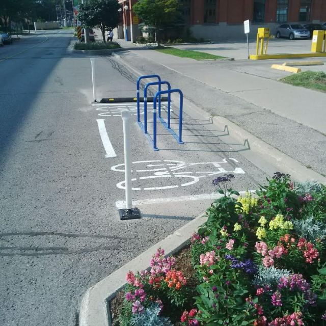 On Street Bike Parking, Waterloo (Willis Way and Regina)