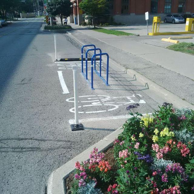 On Street Bike Parking, Waterloo (Willis Way and Regina)